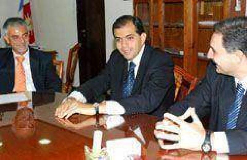 Juez quiere aliarse con la UCR en Córdoba
