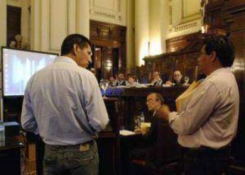 Antes del 20 de marzo deben presentar un informe escrito a la Corte sobre la asistencia a comunidades abor�genes.