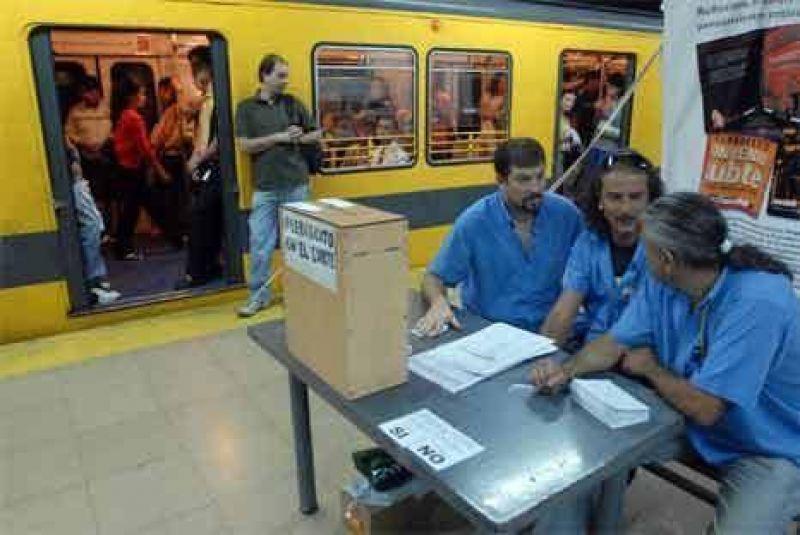 Los trabajadores deciden si se independizan de la UTA