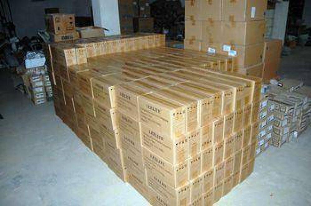 La Cooperativa recibió la segunda partida de lámparas de bajo consumo.