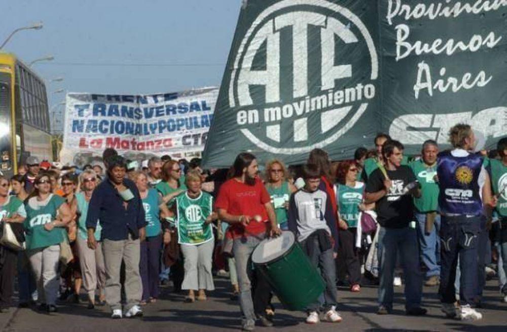 ATE decretó una jornada de paro por aumento salarial