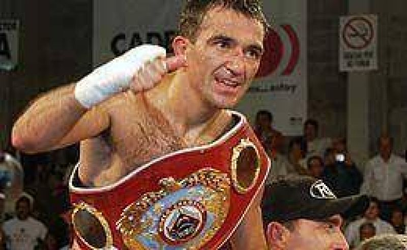 Narváez retuvo el título y superó a Monzón.