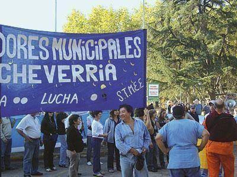 ECHEVERRIA: Comienza hoy la negociaci�n salarial