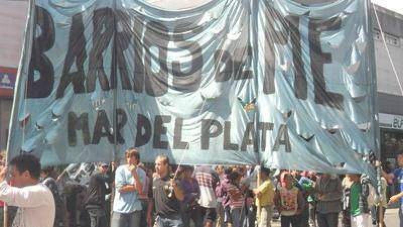 Organizaciones sociales se movilizaron por un salario digno