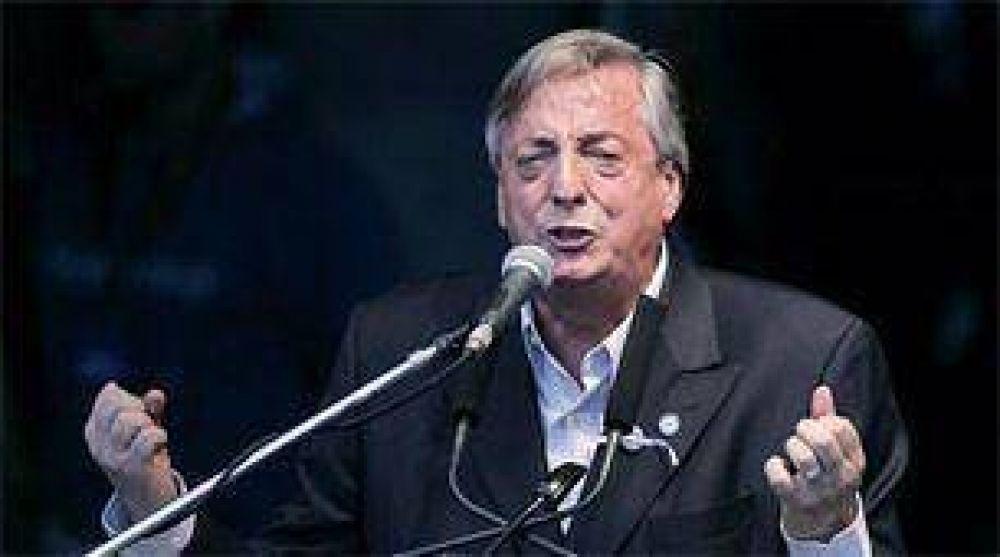 Néstor Kirchner vuelve al Conurbano con un acto