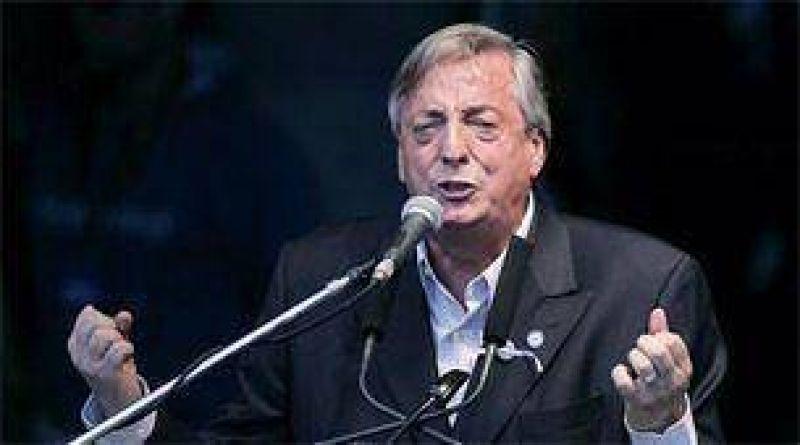 N�stor Kirchner vuelve al Conurbano con un acto
