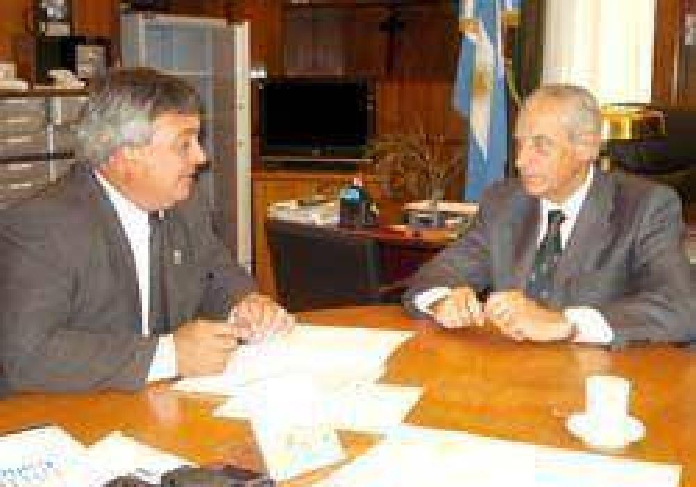 La Comuna suscribió un convenio con la Provincia por 500 mil pesos.