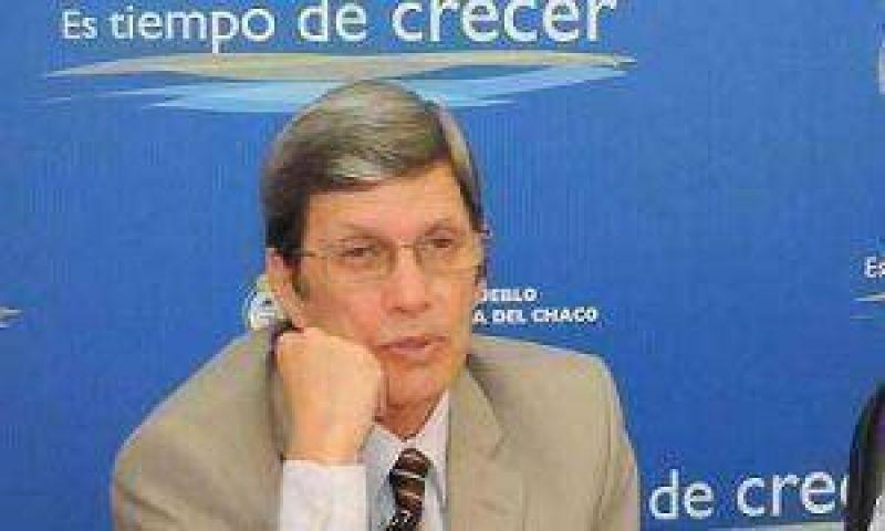 El presidente del Banco del Chaco dice que hasta ahora se evitó el impacto de la crisis.