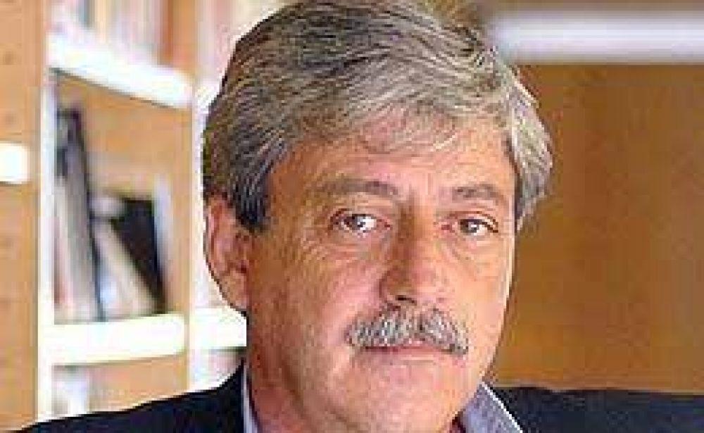 Buzzi volvió a cuestionar al Gobierno por la falta de diálogo: lo llamó