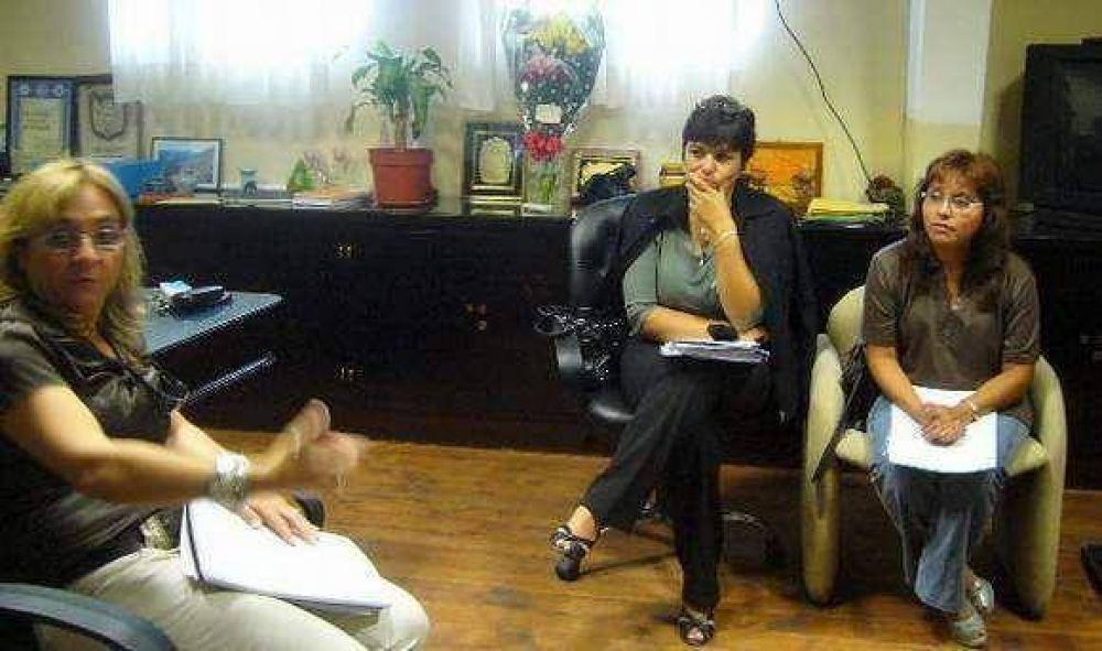 Ministra garantiza la estabilidad de los docentes de nivel terciario