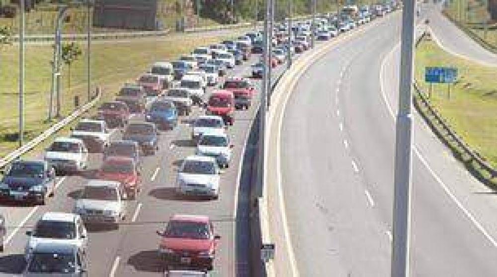 A pesar de los peajes más caros, crece cantidad de autos que ingresan a la Ciudad