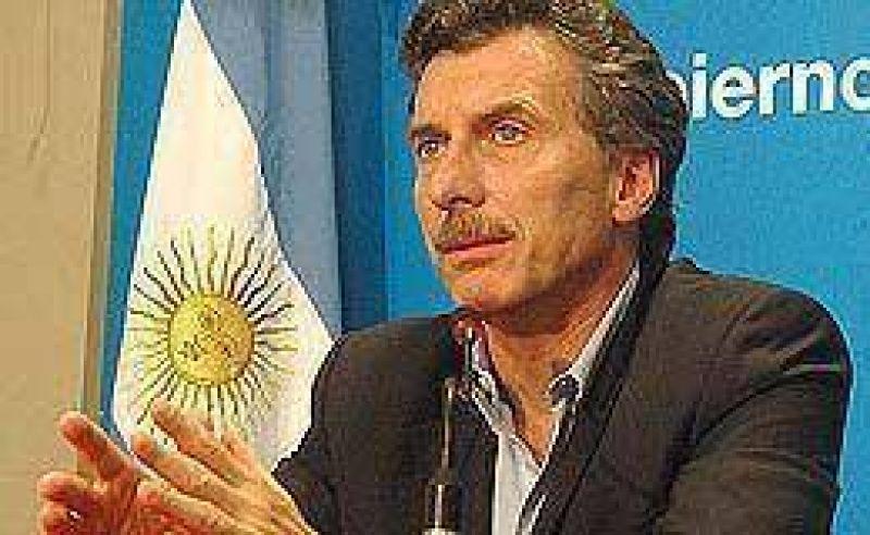 Ante el armado conjunto con Solá y De Narváez, Macri cerró la puerta a una alianza con Duhalde