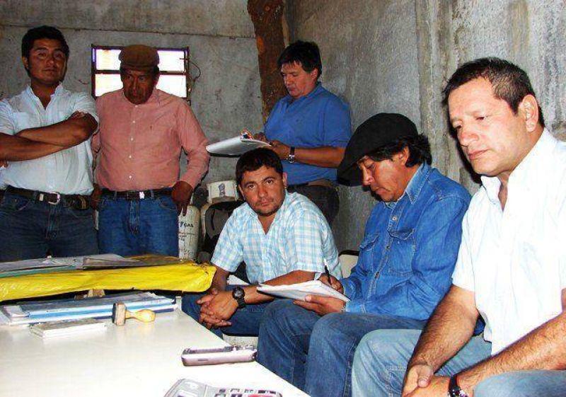 Refuerza acciones con mapuches el gobierno.