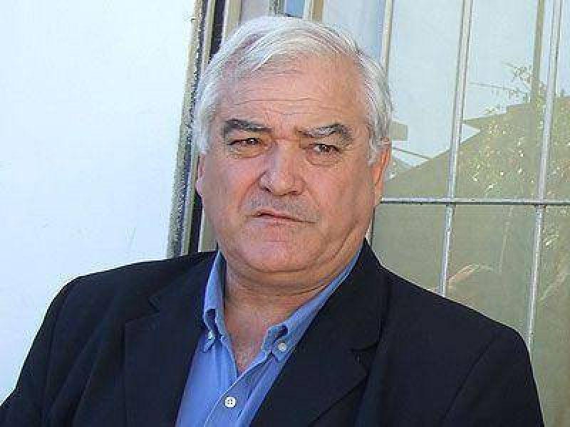 Carasatorre rompi� el silencio para criticar a la oposici�n.