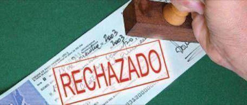 El fuerte aumento de cheques rebotados dispara el temor a las quiebras