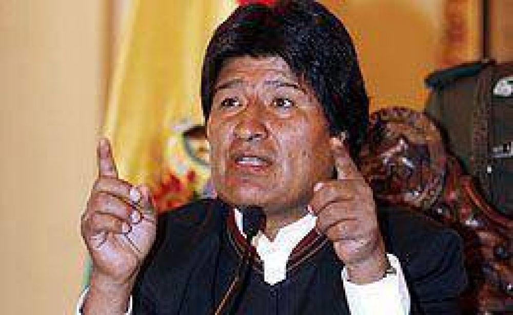 Bolivia: el gobierno de Evo Morales exigió la renuncia de tres magistrados de la Corte Suprema
