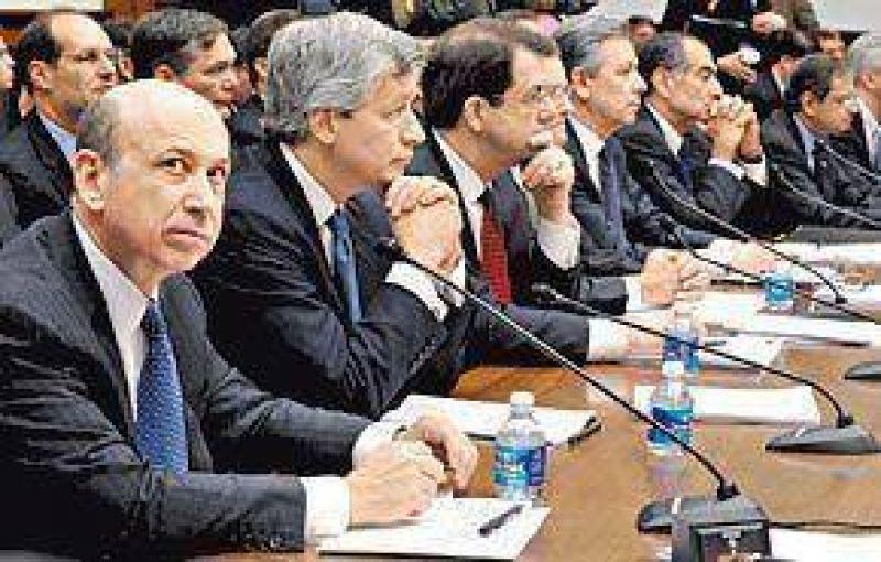 Los grandes banqueros rinden cuentas en el Capitolio