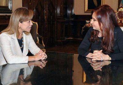 En busca de apoyo, la candidata mexicana se reunió con Cristina Kirchner