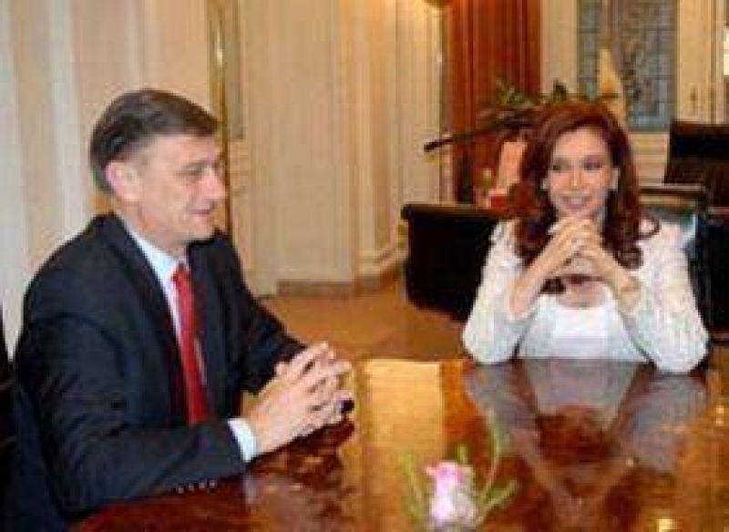Hermes Binner se reúne con la Presidenta