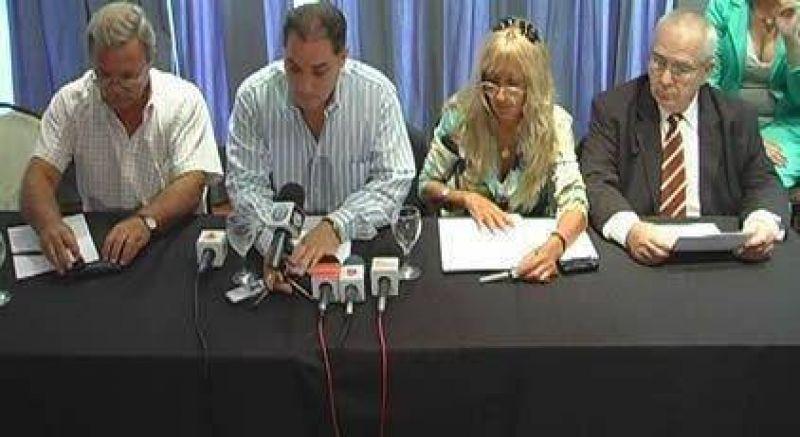 Diputados provinciales oficializaron el pedido de interpelación a Daniel Cuenca