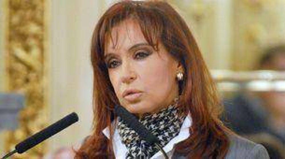 Cristina Kirchner firmará un acuerdo para crear un centro de DDHH en la ex Esma