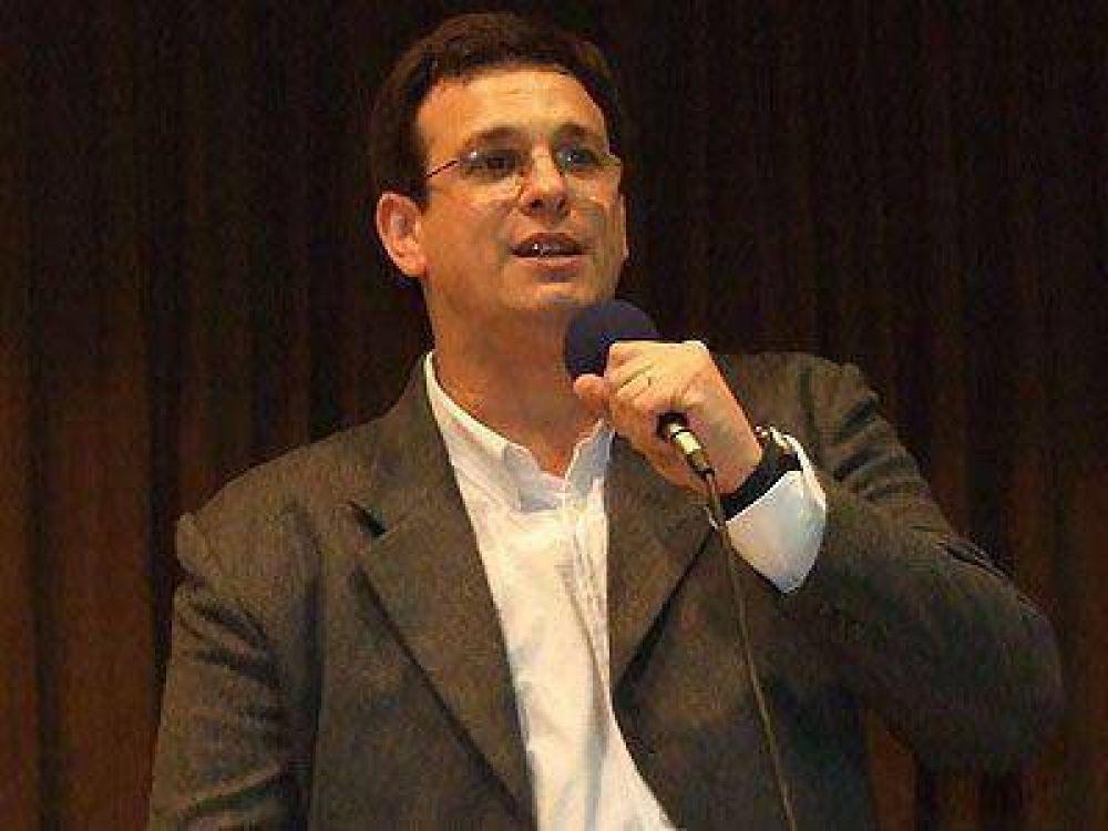 Leporace elogió el acuerdo entre Solá, Macri y De Narváez.