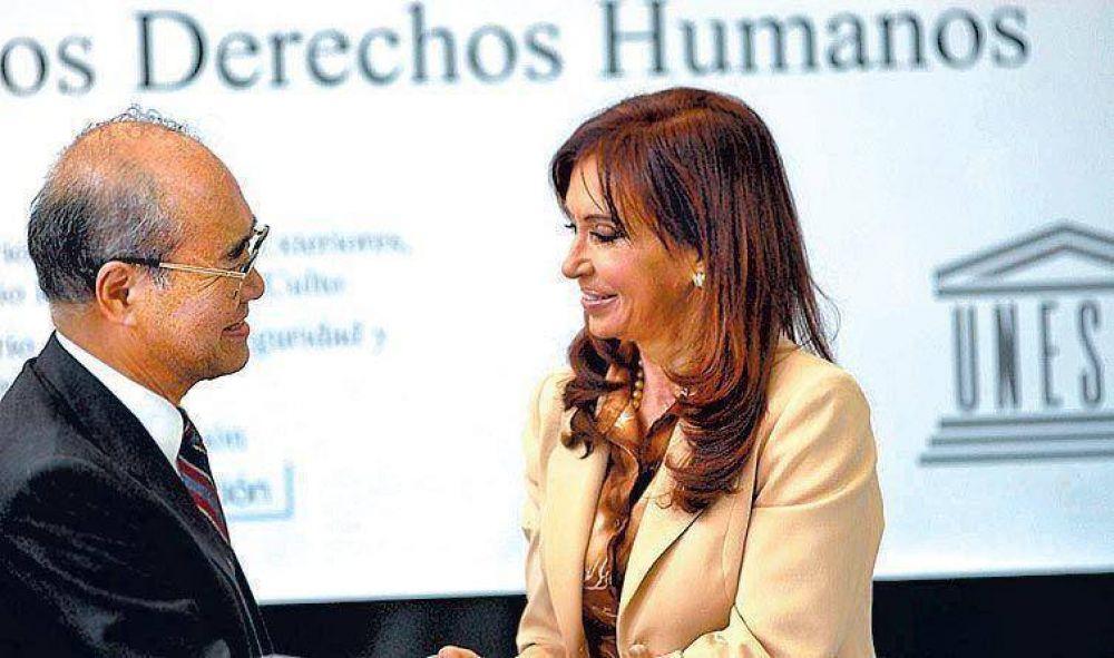 Cristina reclamó por las demoras en los juicios a los represores.