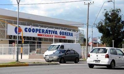 Piden que la Cooperativa Obrera cumpla con la ordenanza de grandes superficies