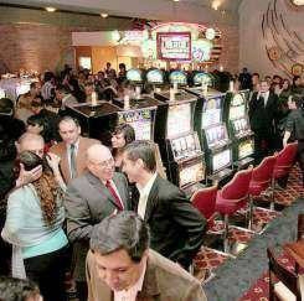 Casino: el 73% de los empleados ya optó por seguir en el Estado