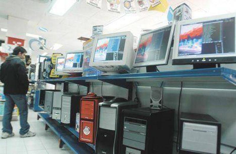 Cayó un 14% la fabricación de computadoras en la Argentina
