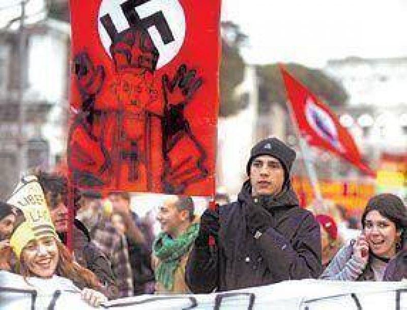 Benedicto XVI, fiel a la vocación del Vaticano de interferir en los asuntos italianos