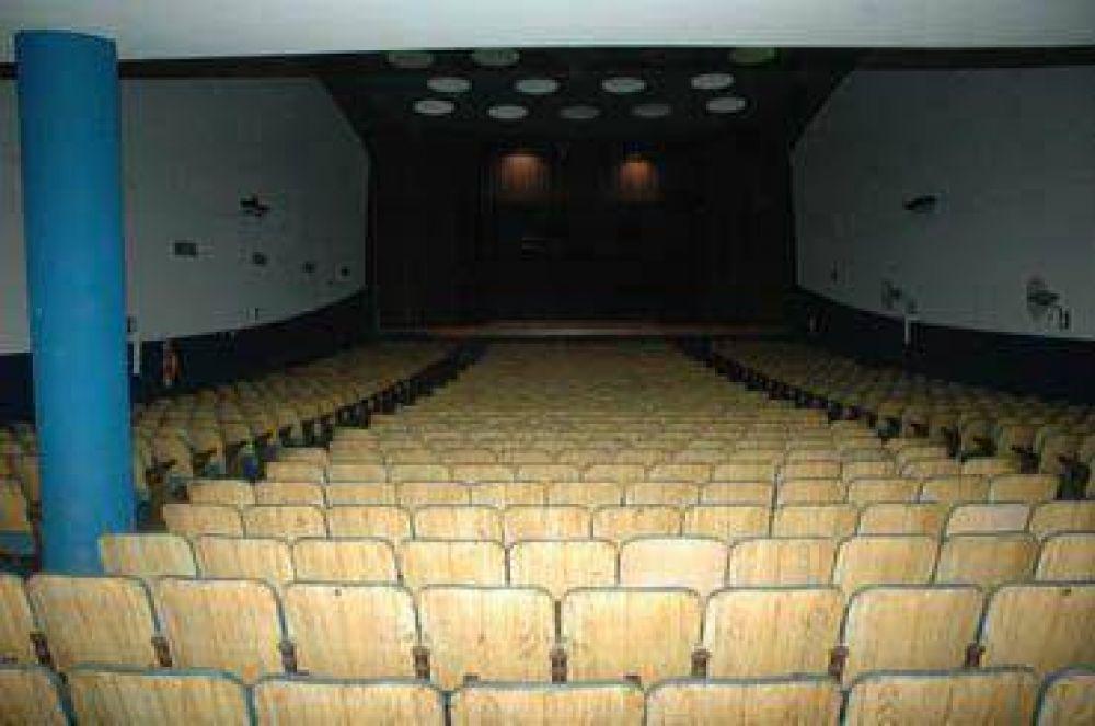 Proponen bajar del 5 al 1% el impuesto al teatro