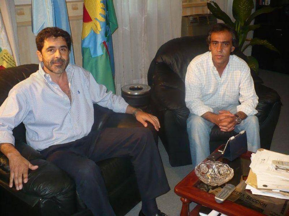 SANDRO GUZMAN SE REUNIO  CON EL DR. CARLOS RAMOS