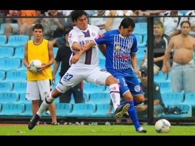 Godoy Cruz fue goleado por San Lorenzo y perdió en La Bombonera por primera vez