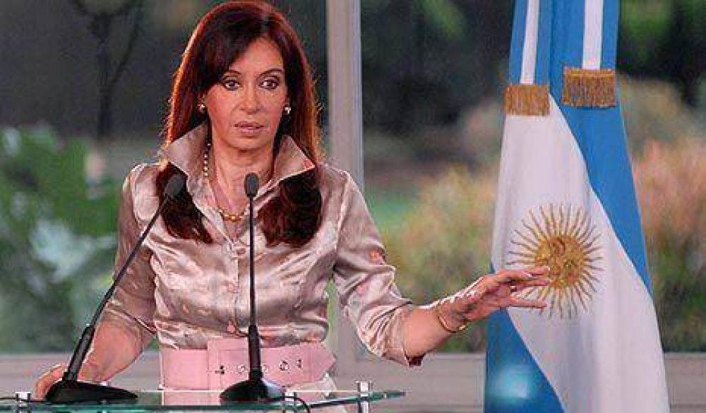 Por el gas y por Cleto, CFK empezó la semana con dos denuncias penales
