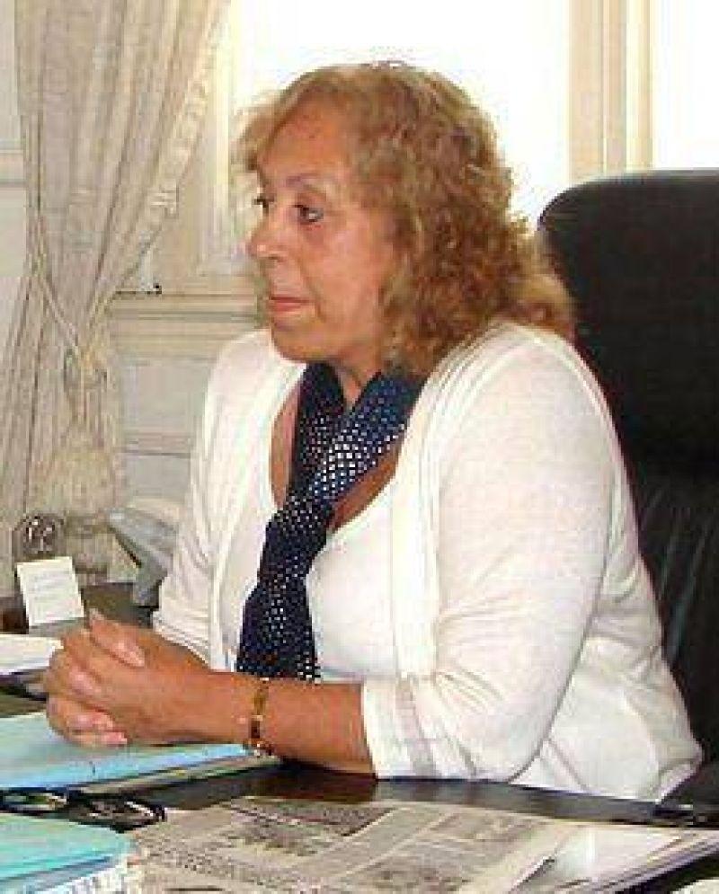 Seguridad; cambios en la Comisar�a: Intendenta Stella M. Giroldi: �Habl� directamente con el Jefe de la Departamental�