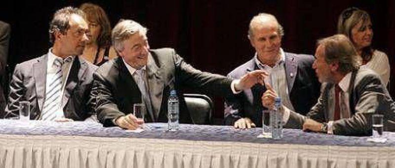 En Avellaneda, Kirchner comenzó la pelea con la alianza Macri-De Narváez-Solá:
