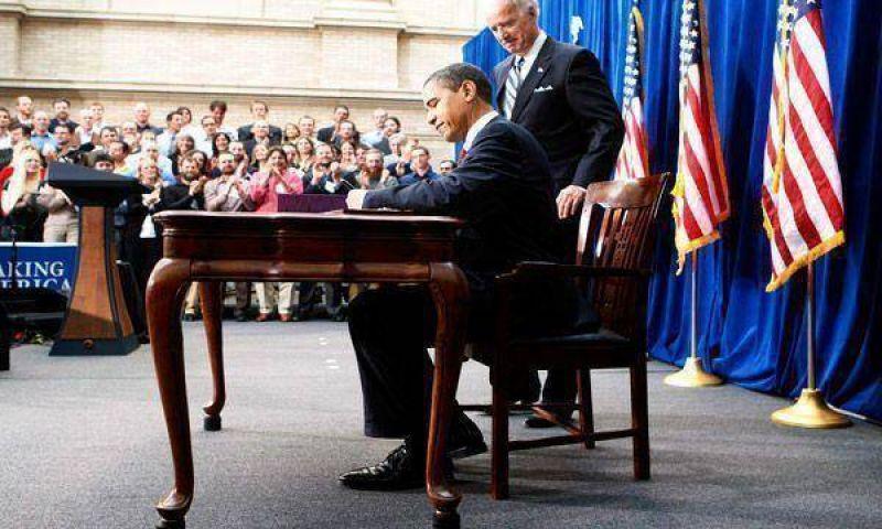 Obama firm� el plan y dijo: