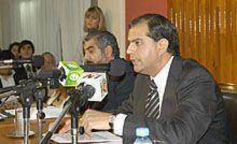 El Concejo analiza iniciativas para atenuar la suba de la luz