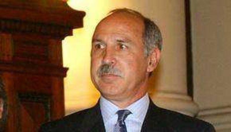 La provincia ratificó que no suspenderá desmontes autorizados por Romero