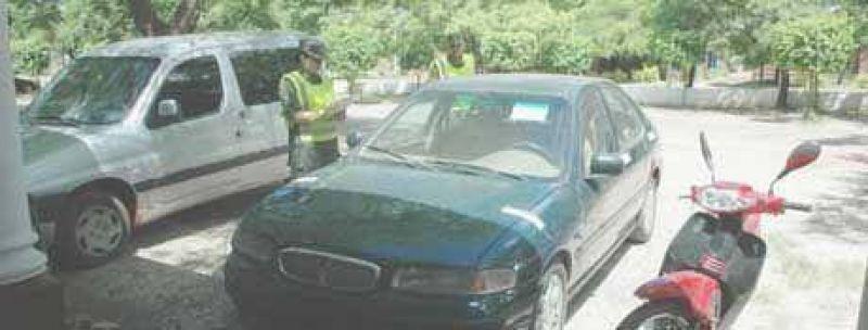 Gendarmer�a recuper� en Loyola veh�culos robados en Capital Federal