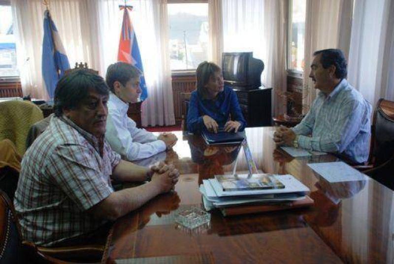 La Gobernadora y los Intendentes acordaron gestionar en conjunto ante Nación.