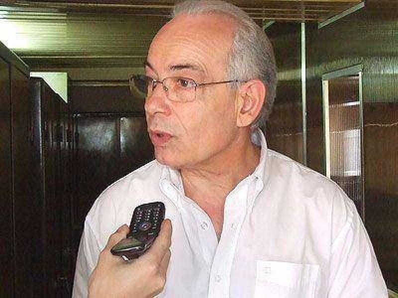 ECHEVERRÍA | GESTIÓN    Fernández destacó la clausura de la tosquera