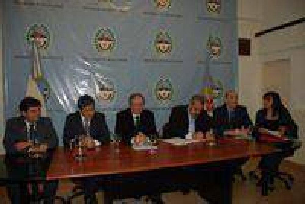 Presupuesto 2009: Peralta se reunió con Diputados del PJ .