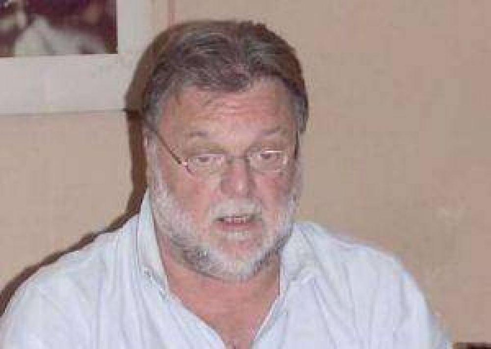 Si no se liberan los cupos de la Oncca no tenemos futuro, advierte Carlos Robledo