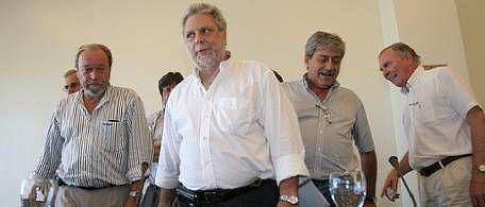 El campo acepta la invitación para reunirse con Giorgi pero sigue enojado con el Gobierno