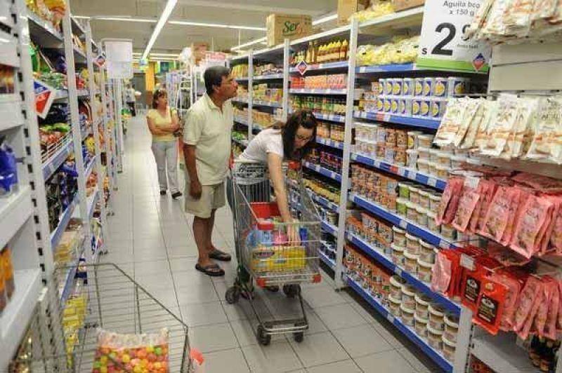 Se desacelera la inflación en febrero por la menor actividad