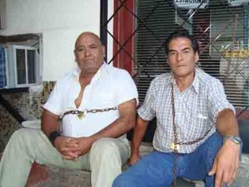 Vialidad Provincial: se encadenaron dos empleados