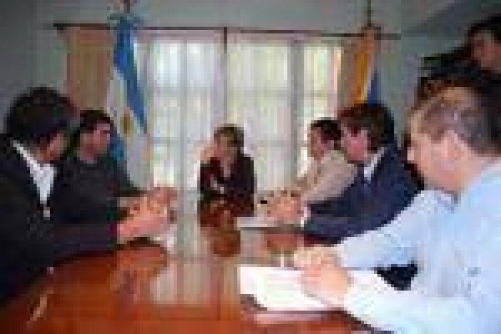 Ríos oficializó la candidatura de Tierra del Fuego para la Araucanía 2011.