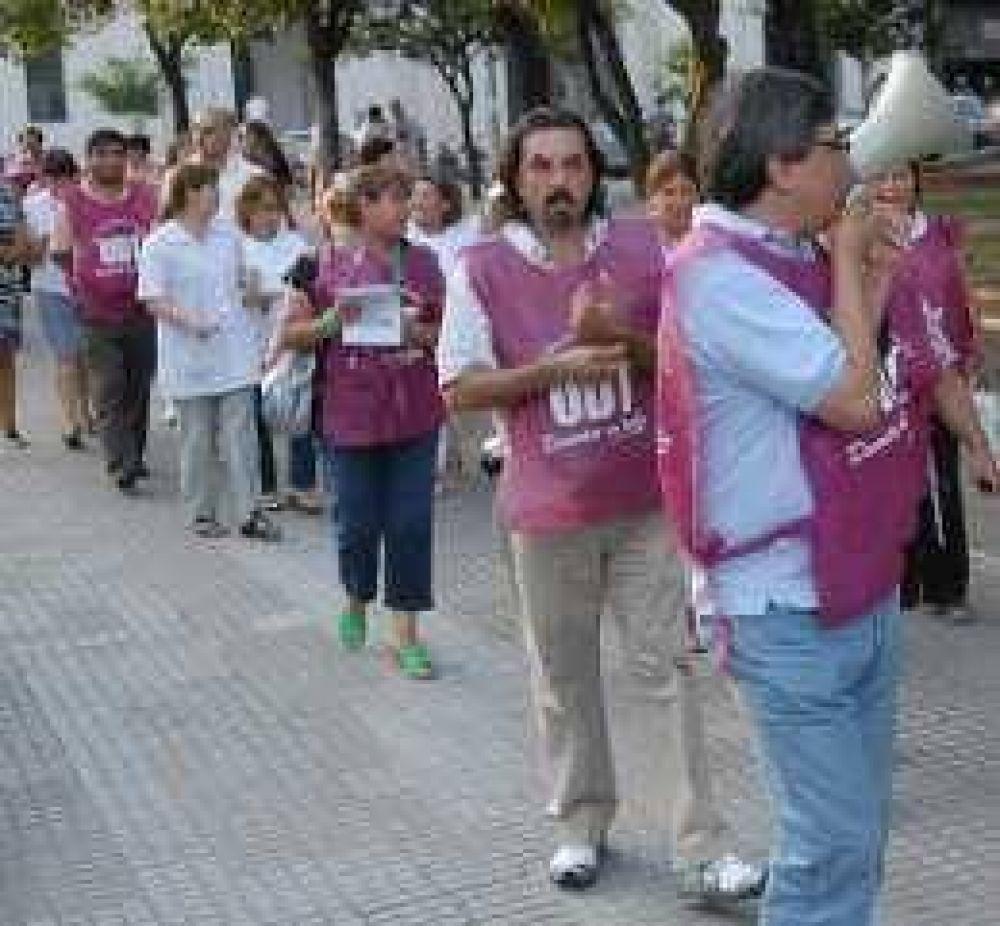 Marcha de docentes en el sur.